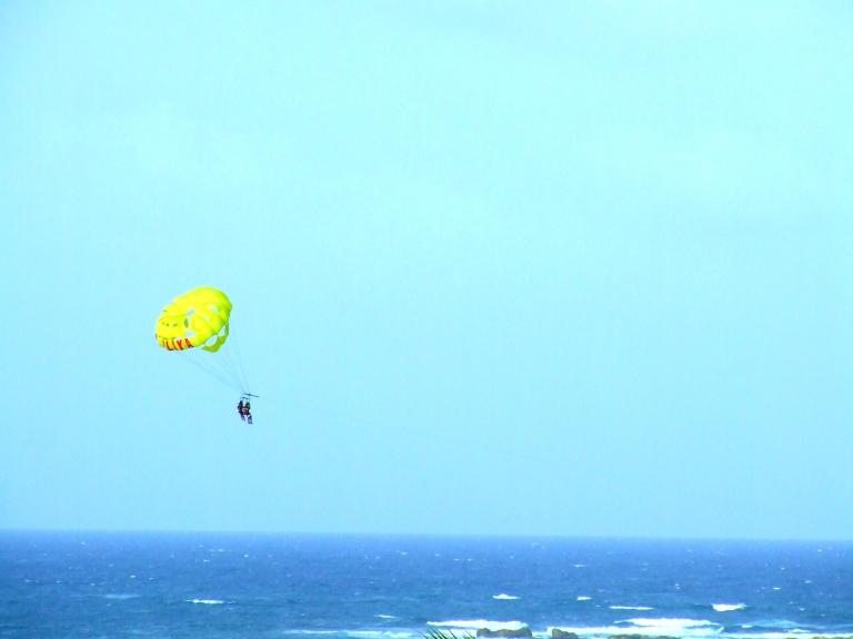 st.martin parasailing